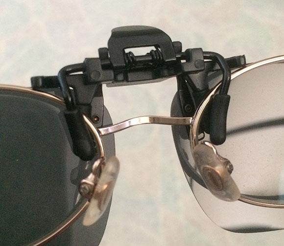클립 선글라스 장착 모습
